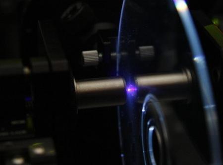 General Electric - mikroholografický optický disk s kapacitou až 500 GB