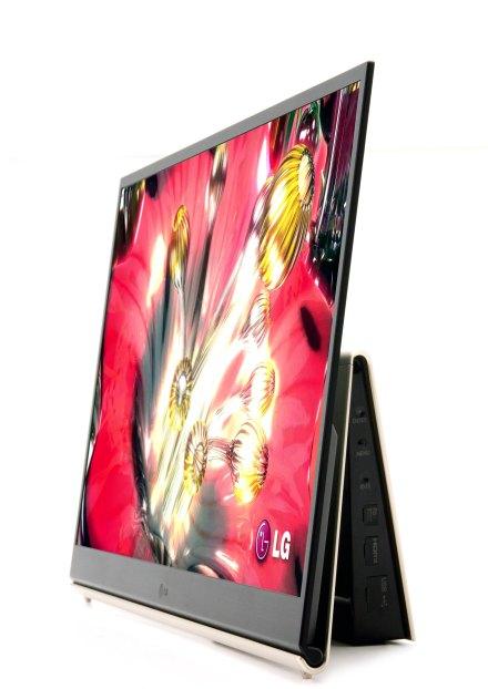 LG OLED televize 15 palců