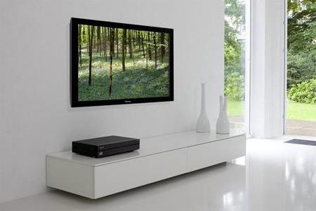 plazmová televize Pioneer Kuro pro Japonsko